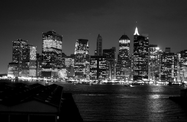 Posted in Black & White, Buildings, Downtown, New York, Skyline | No